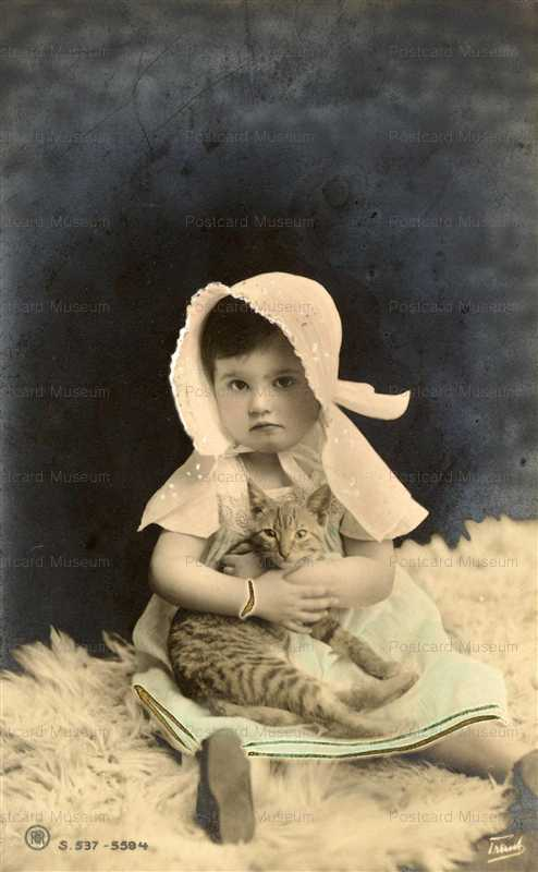 ac018-Edwardian Bonnet Girl with Cat