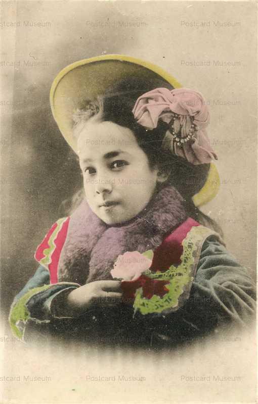 by300-洋装女の子 帽子