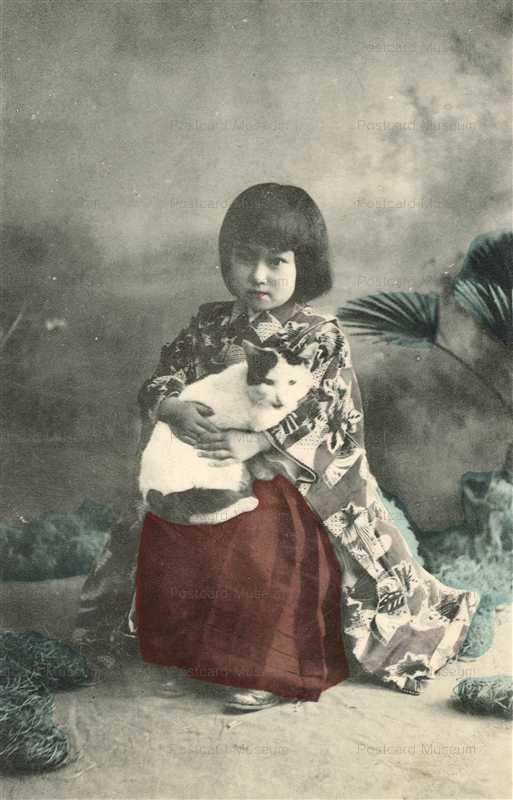 fb450-猫抱く少女