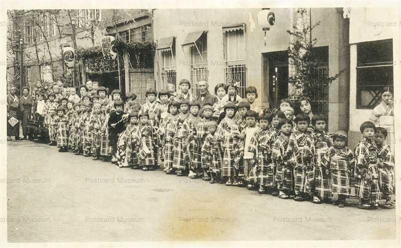 fm024-Kanda Myojin festival 神田明神祭礼 神田栄町町内の子供 昭和初期