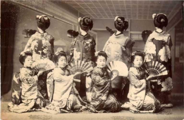 mb005-舞妓八人 踊り 扇