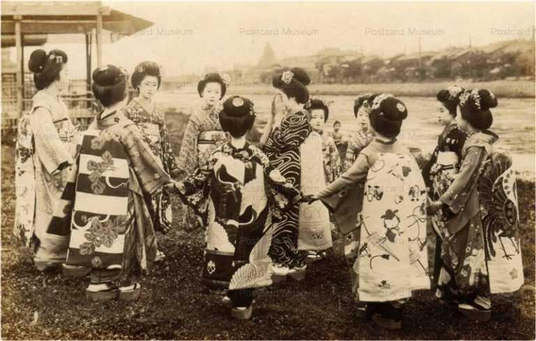 mb010-舞妓十一人 遊び 川辺