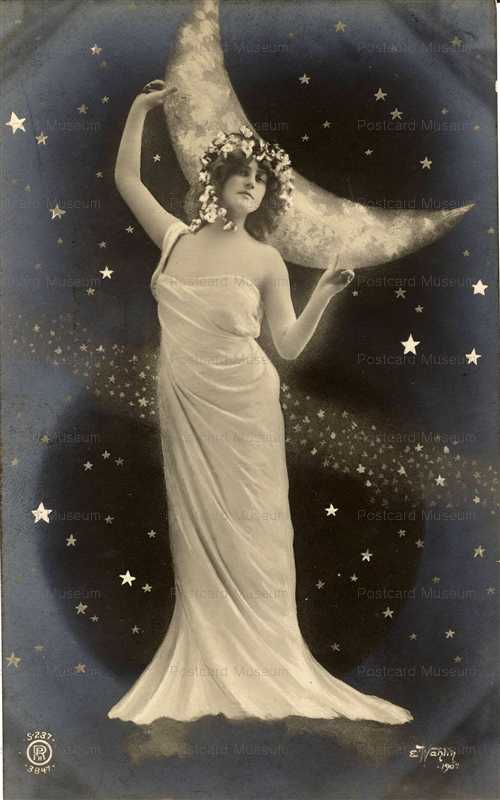 mn008-Pretty Girl Dancing under Moon and Stars