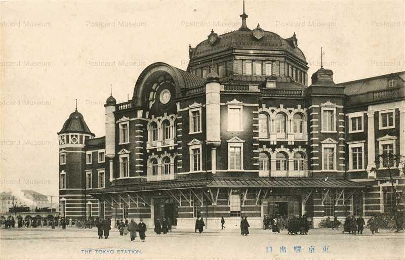 tsb015k-Tokyo Station 東京駅出口
