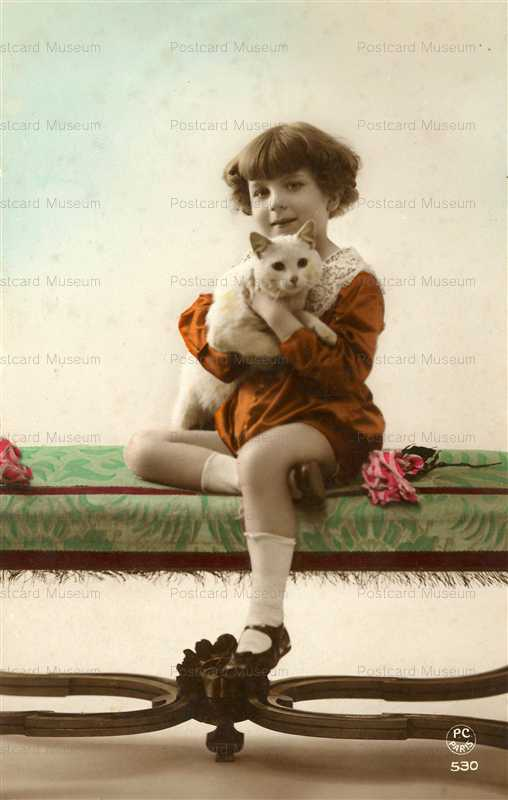 ac014-Girl with Cat