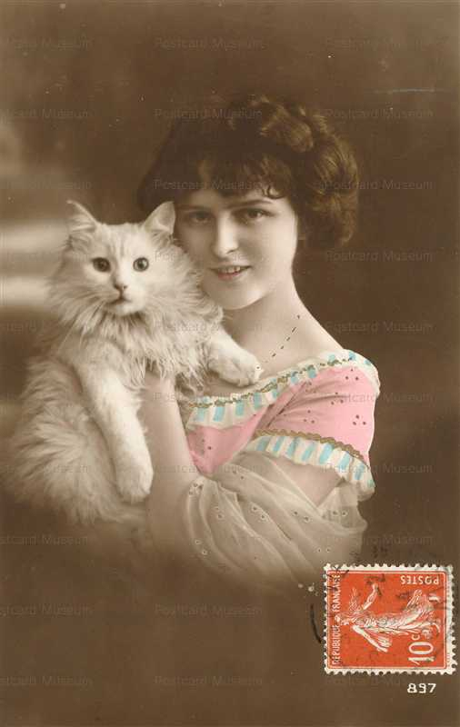 ac051-Lady with White Cat