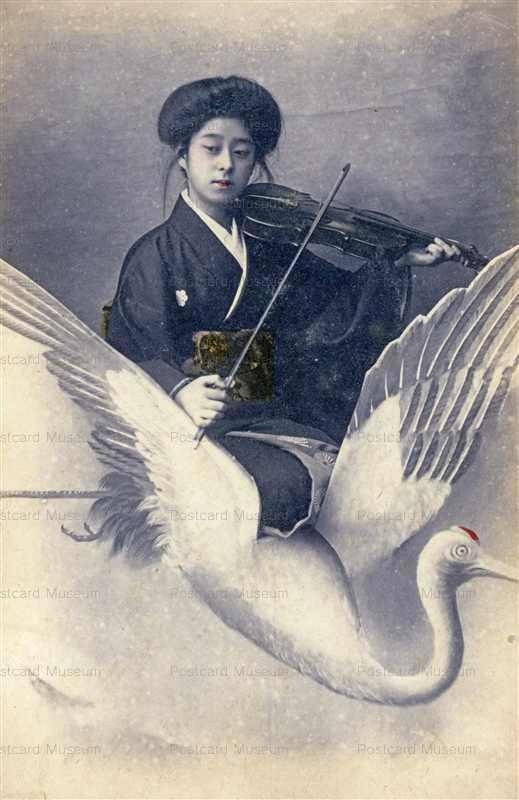bh005-鶴に乗りバイオリン弾く女性