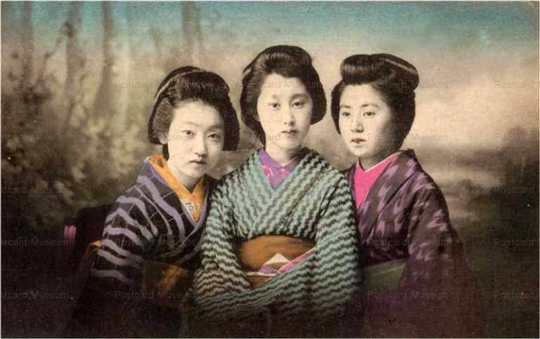 bn108-おすましの美人三人
