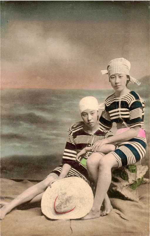 bs005-縞水着二人 手拭 麦藁帽子