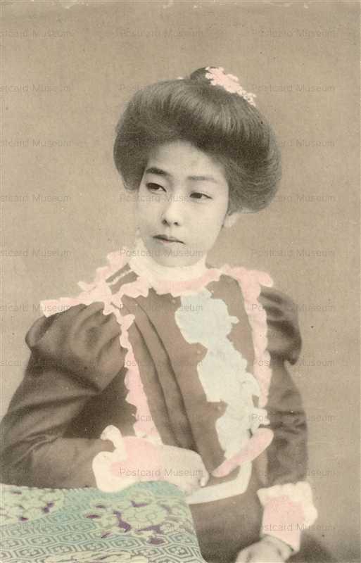 by140-洋装美人