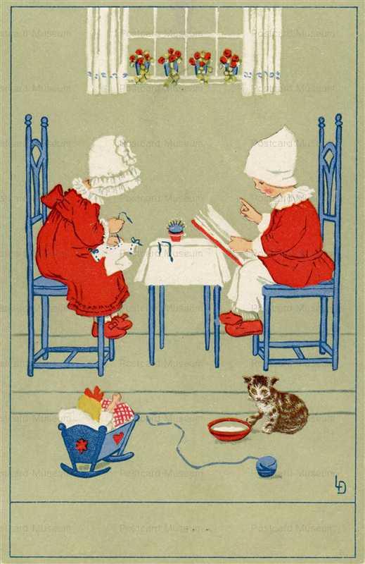 qb200-Sawing Reading Girls