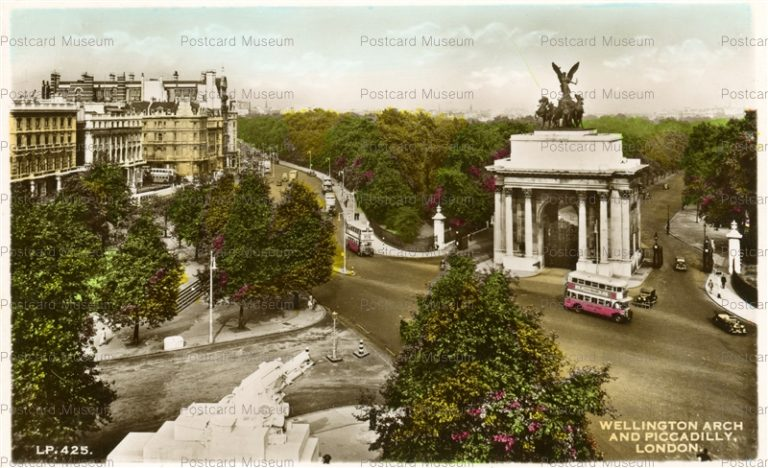 ge025-Wellington Arch and Piccadilly London