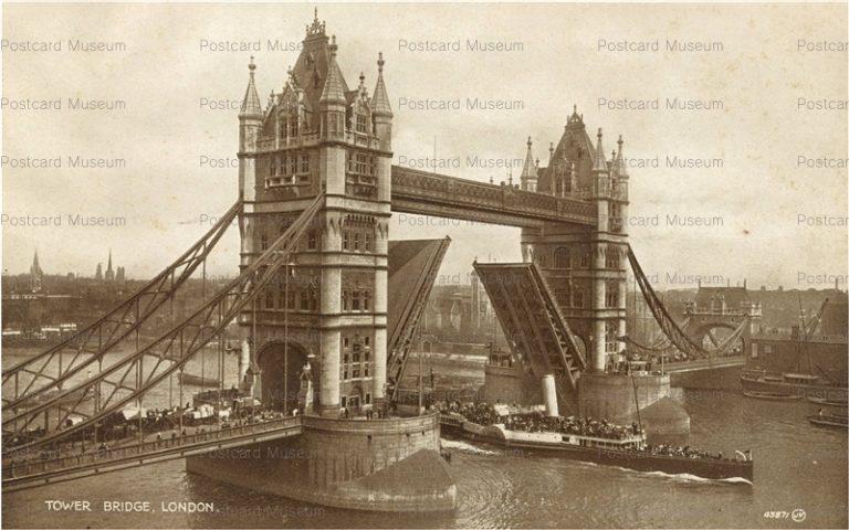 ge052-Tower Bridge London