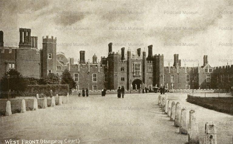 ge309-West Front Hampton Court