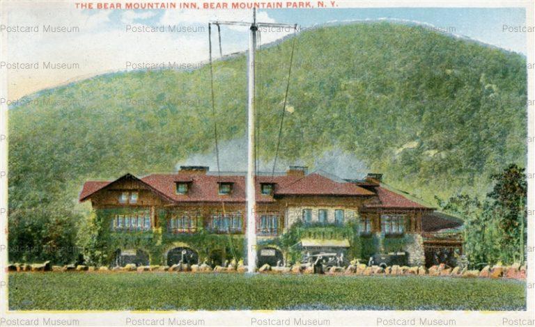usa067-The Bear Mountain Inn Bear Mountain Park N.Y.